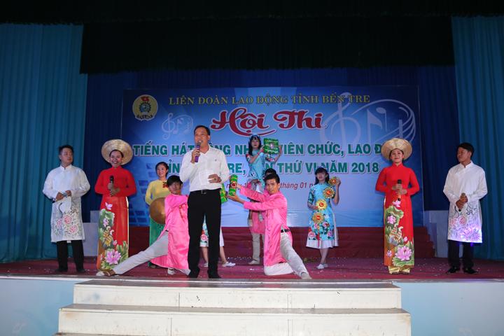 Hội thi Tiếng hát công nhân, viên chức, lao động tỉnh Bến Tre lần thứ VI