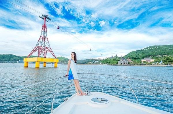 """""""Tháng 8, biển Nha Trang vẫy gọi"""" – Những trải nghiệm không nên bỏ qua"""