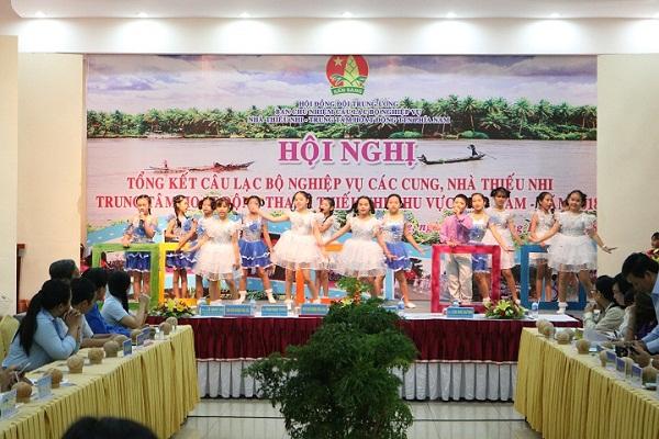 Hội nghị nhà Văn hóa Thiếu nhi tỉnh Bến Tre (19/10/2018)